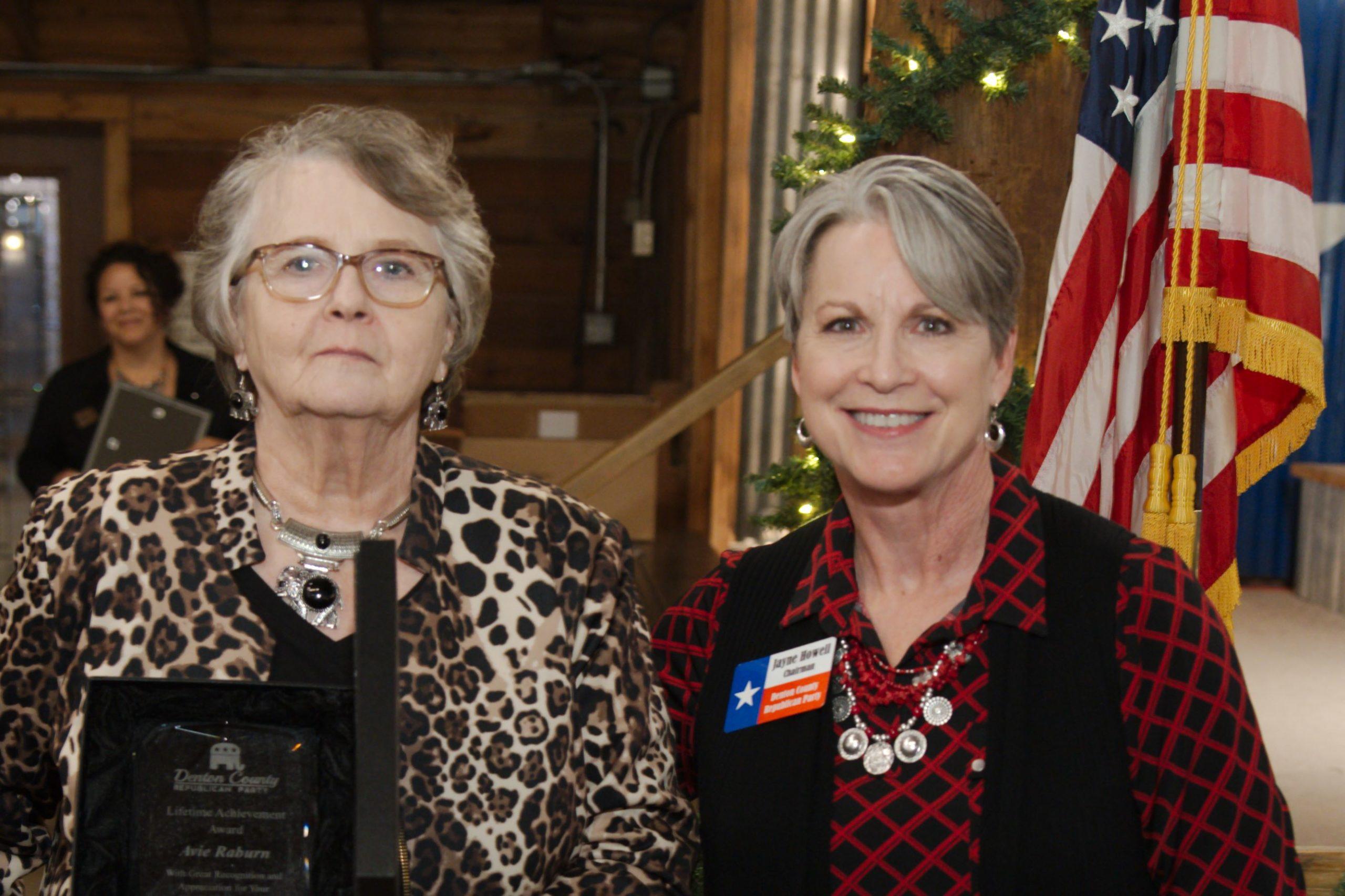 Lifetime Achievement Recipient Avie Raburn with Chairman Howell